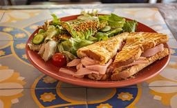 Sándwich Clásico - Deli