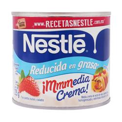Media Crema Nestlé Reducida en Grasa 225 g