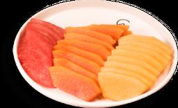 Plato de Frutas de Temporada