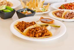 Tacos de Lomito Adobado