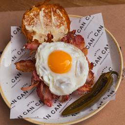 Bacon Sandwich, Huevo Frito & Katsup Can Can