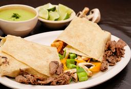 Burrito vegetariano con carne