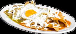 Chilaquiles con Huevo con Frijoles Refritos