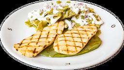 Pechuga de Pollo con Chilaquiles