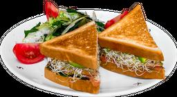 Sándwich de Pechuga de Pavo (80 g) con Ensalada