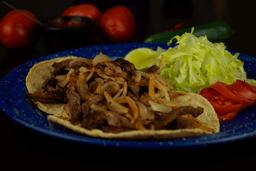 Tacos de Carne Encebollada