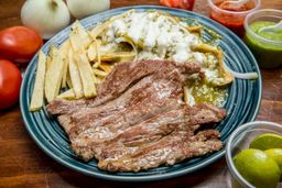 Arrachera con Chilaquiles