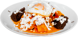 Chilaquiles Rojos con Huevo (1 pza)