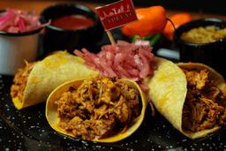 Orden de Tacos de Cochinita