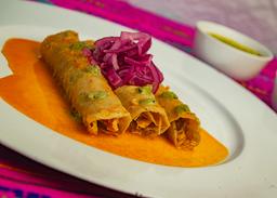 Orden de tacos de Cochinita Pibil