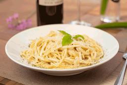 Spaguetti con Salsa Alfredo