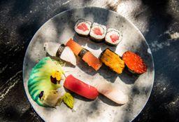 Nigiri Sushi Combinación