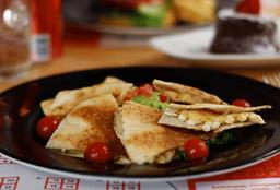 Pita de Pollo con Queso
