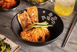 Bibim Myeon + Mandu Frito