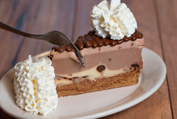 Chocolate Hazelnut Cruch Cheesecake