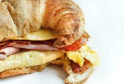 Mr Egg Croissant