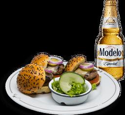 Mini Burgers + Cerveza Modelo GRATIS