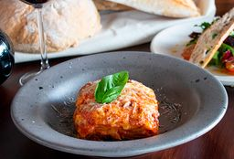Lasagna y Ensalada