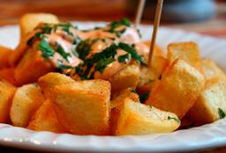 Patatas Bravas Grande