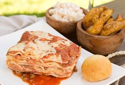 Lasagna + 2 Guarniciones