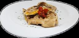 Burrito de Pollo con Queso y Chiplote