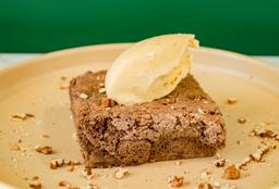 Brownie con Helado de Plátano