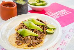 Tacos Encebollados