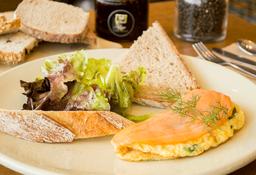 Omelette de Salmón y Espinacas