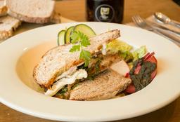 Sándwich con Pollo Orgánico