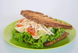 Sandwich con Pollo, Atún, Chorizo, Salchicha o Huevo