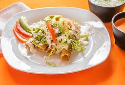 Tacos Dorados de Res o Pollo