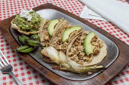 Tacos de Pechuga de Pollo al Grill