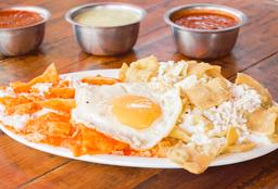 Chilaquiles con Huevo