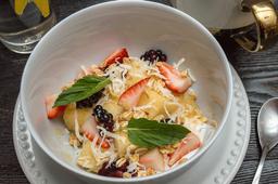 Bowl con Frutas y Yogurt