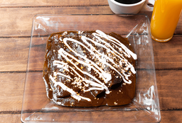 Enchiladas de Mole+Café+Jugo