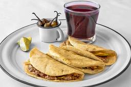 Tacos de Bistec con Queso Oaxaca