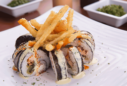 Sushi Salmón Tatemado Roll
