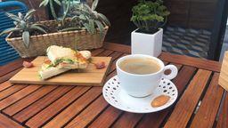 Paquete Dos - Panini y Café