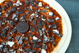 Pizza Chocolate con Galletas Oreo