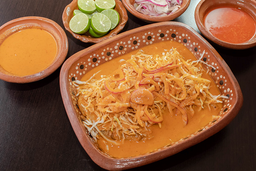 Tacos con Salsa de la Casa