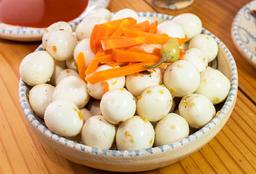 Huevos de Codorniz en Escabeche