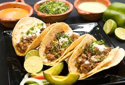 Orden de Tres Tacos al Pastor