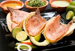 Orden de Tres Tacos Chuleta Ahumada