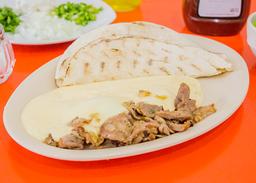 Queso con Carne Árabe