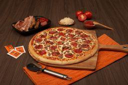 Pizza Three Meat Treat