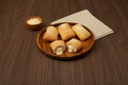 Crazy Bread Relleno