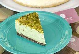Cheesecake Matcha Rebanada