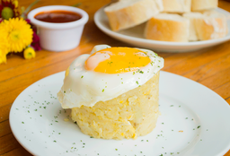 Tapas de huevos Rotos