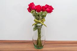 Rosa Roja Con Florero 12 U