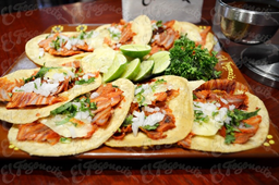 8 Tacos de Pastor